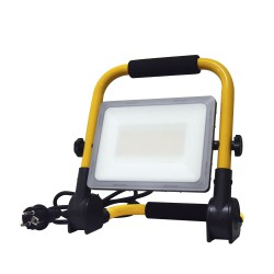 Foco Led Plano 30 Watt. Luz Blanca 4000º K  IP 65 2400 Lumenes Con Asa de Transporte